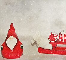 Santa And His Sleigh by Denise Abé