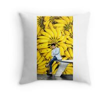 G-Dragon_ Banana .1 Throw Pillow