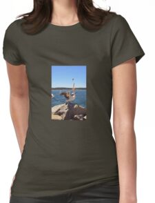 Pelican feeding Womens Fitted T-Shirt