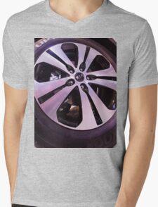 Kia Sportage Wheel  [ Print & iPad / iPod / iPhone Case ] Mens V-Neck T-Shirt
