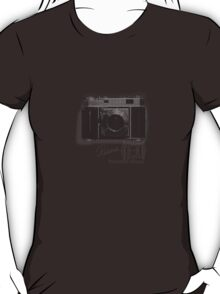 kodak retina-rodenstock IIa  T-Shirt