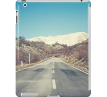 Road with mountain iPad Case/Skin
