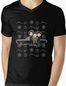 Supernatural cute team free will / Sam & Dean Winchester / Castiel Mens V-Neck T-Shirt