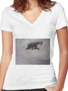 Swimming Elephant Women's Fitted V-Neck T-Shirt