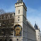 Conciergerie, Paris - Clock Tower by bubblehex08