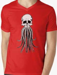 Skull octopus/davy jones Mens V-Neck T-Shirt