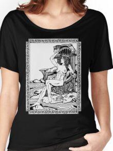 Tarot: Queen of Cups Women's Relaxed Fit T-Shirt