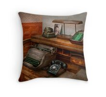 Accountant - Typewriter - The accountants office Throw Pillow