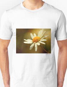 Flora - Hazy Daisy Unisex T-Shirt