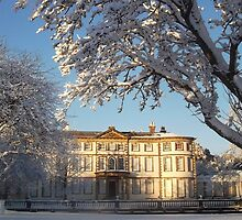 Sewerby hall in the snow by geoffford