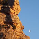 Rock moon by rtomasarnau