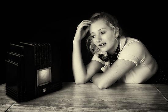 The Radio Serial by Ian English