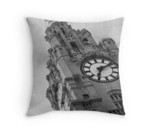 The Liver Building, Liverpool Throw Pillow