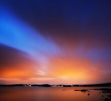 Glowing sky by ThomasB
