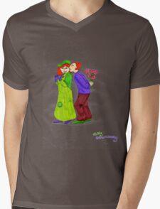 Molly and Arthur Weasley Mens V-Neck T-Shirt