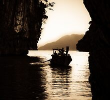 Sailing through...is happiness Got 3 Featured Work:) by Kornrawiee