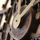 Ticking of the Roman Numeral Clock by lechnera09