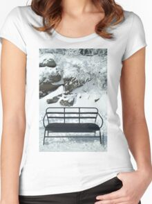 Snowbench Women's Fitted Scoop T-Shirt