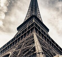 Eiffel tower by nickdeclercq