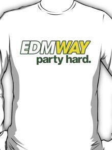EDMWAY  T-Shirt