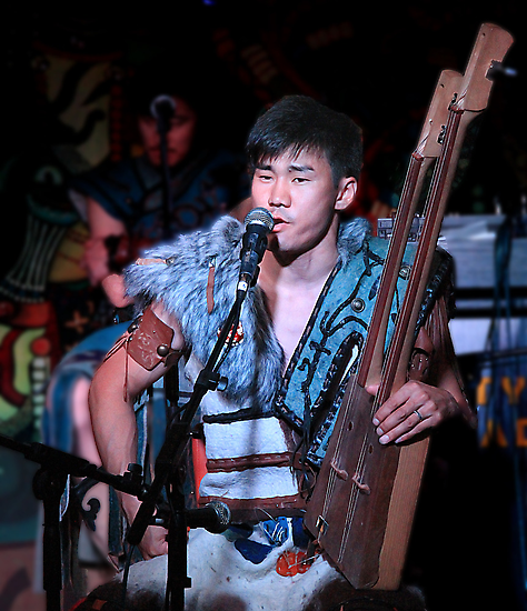 Traditional Throat Singing by gamaree L