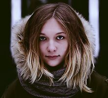 girl portrait by Pavel Maximov