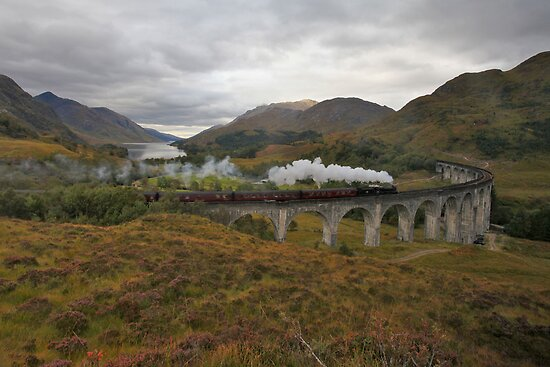 Glenfinnan Viaduct by Gary Richardson