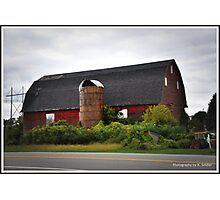 Big Red Barn. Photographic Print