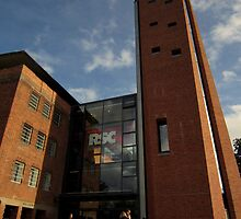 Royal Shakespeare Theatre by Alastair  Kerr