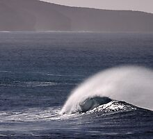 Images of Australia - Wind and Waves by Gerry Pearce