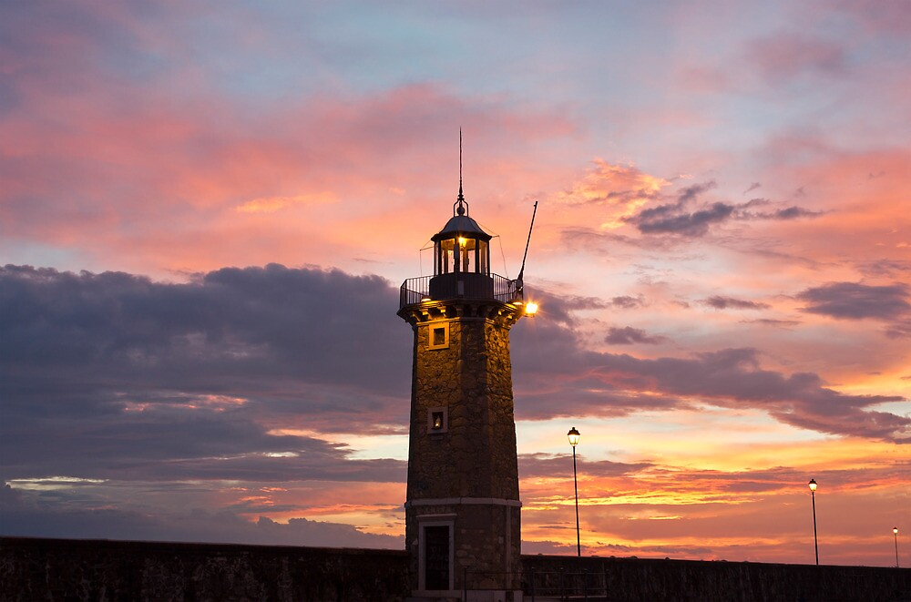 Desenzano Del Garda Old Lighthouse  by kirilart