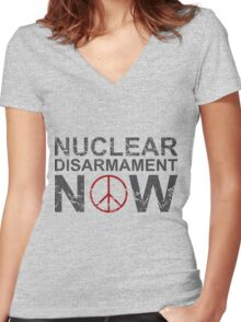 "Vintage Style ""Nuclear Disarmament Now"" T-Shirt Women's Fitted V-Neck T-Shirt"
