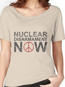 """Vintage Style """"Nuclear Disarmament Now"""" T-Shirt Women's Relaxed Fit T-Shirt"""
