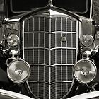 grille in B&W by hoss77