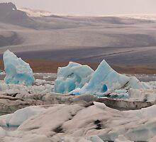 Iceland: Jökulsárlón by Curlyf