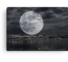 Full Moon On The Rise Canvas Print