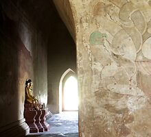 Buddhist temple in Bagan (Burma)  by Peter Voerman