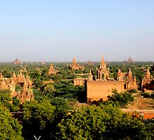 Bagan - Burma (Myanmar)  by Peter Voerman