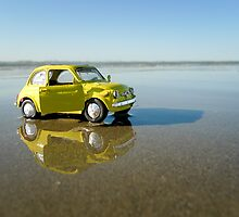 Fiat Cinquecento on the beach by monsieurI
