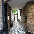 Vlaeykensgang - Oude Koornmarkt, 16 - Antwerp by Gilberte