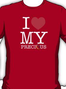 I Heart My Precious (The Hobbit / Lord of the Rings mashup) T-Shirt