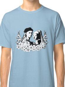 Loving is an art Classic T-Shirt