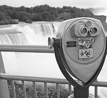 Niagara Falls Viewer B&W by indiana9495