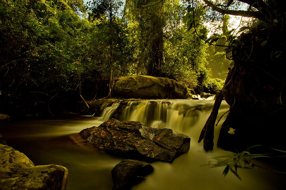 Waterfall long exposure by tpfeller