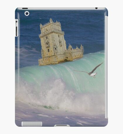 Belém Tower decided to leave. A partida da Torre de Belém. iPad iPad Case/Skin