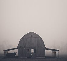 Arkansas Barn by Hayely Queen