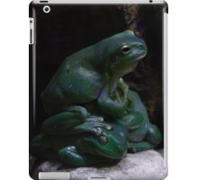 Pile of  Green Tree Frogs iPad Case/Skin