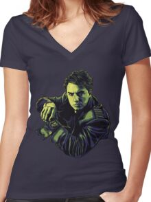 The Companion Women's Fitted V-Neck T-Shirt