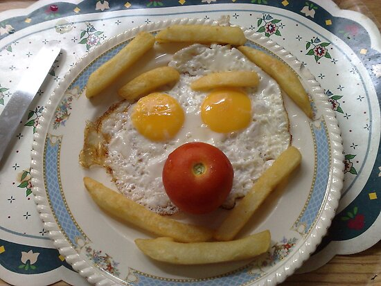 clown egg n chips by nutchip