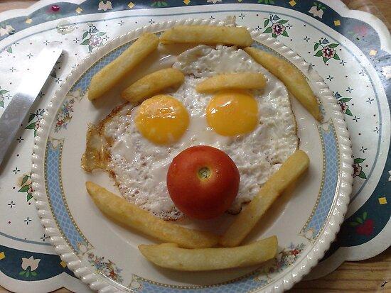 clown egg n chips by nutchip